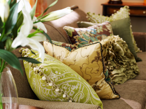 decorative-pillows-for-couch-4